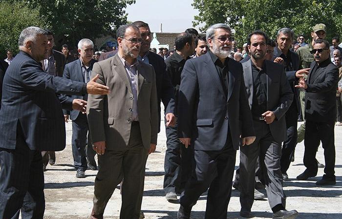 (تصاویر) تشییع پیکر برادر وزیر کشور