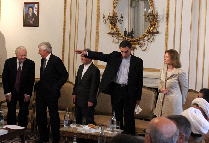 از تغییرات در دولت آمریکا تا حمله به سفارت ایران در لندن