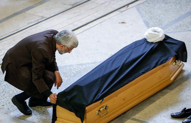 (تصاویر) وداع با آیتالله خزعلی