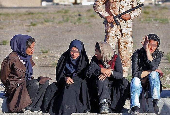 (تصاویر) جمع آوری 200معتاد زن و مرد در مشهد