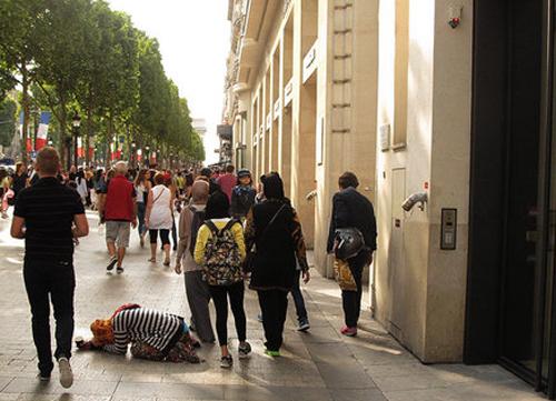 (تصاویر) گردش در گرانترین خیابان جهان