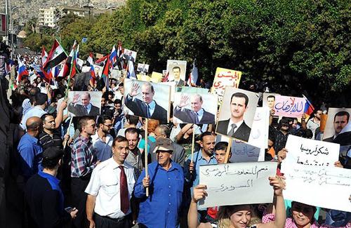 (تصاویر) راهپیمایی حامیان پوتین در دمشق