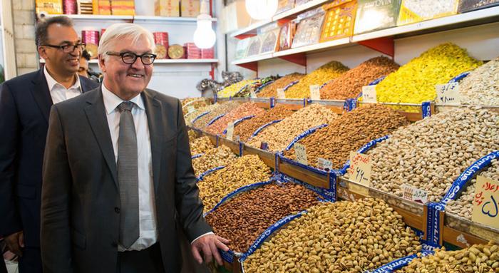 (تصاویر) اشتاینمایر در بازار تهران