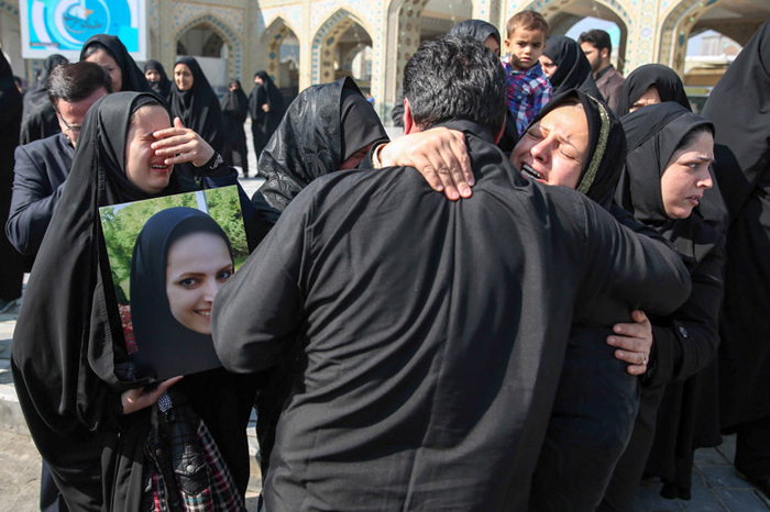 (تصاویر) مراسم تشییع ریحانه بهشتی