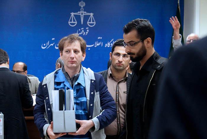(تصاویر) بابک زنجانی اموال خارجش را رو کرد