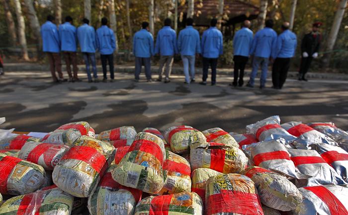 (تصاویر) دستگیری قاچاقچیان مواد مخدر تهران
