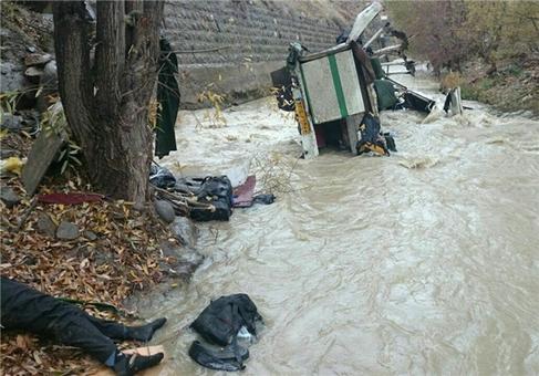 تصاویری از حادثه دلخراش هراز