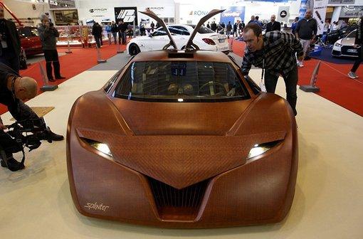 (تصاویر) خودرویی از جنس چوب با قدرت حیرتآور