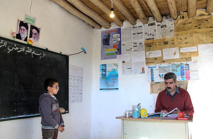 (تصاویر) مدرسهای با یک دانشآموز