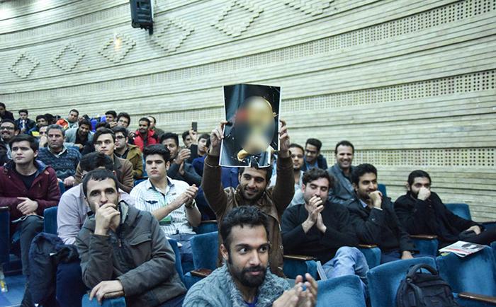 (تصاویر) تنش در جریان سخنرانی صادق خرازی