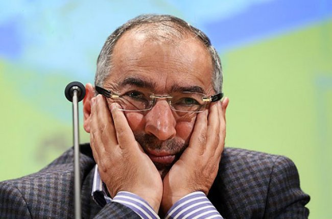 چرا عارف نباید رئیس مجلس شود؟ / روحانی در سال 95 چه کند؟ / آیا احمدی نژاد بر میگردد؟