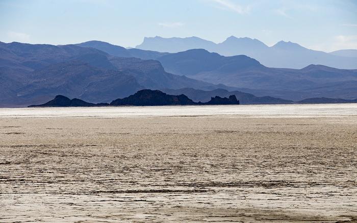 (تصاویر) دریاچههای طشک و بختگان خشک شد