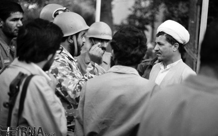 (تصاویر) هاشمی در اوایل انقلاب