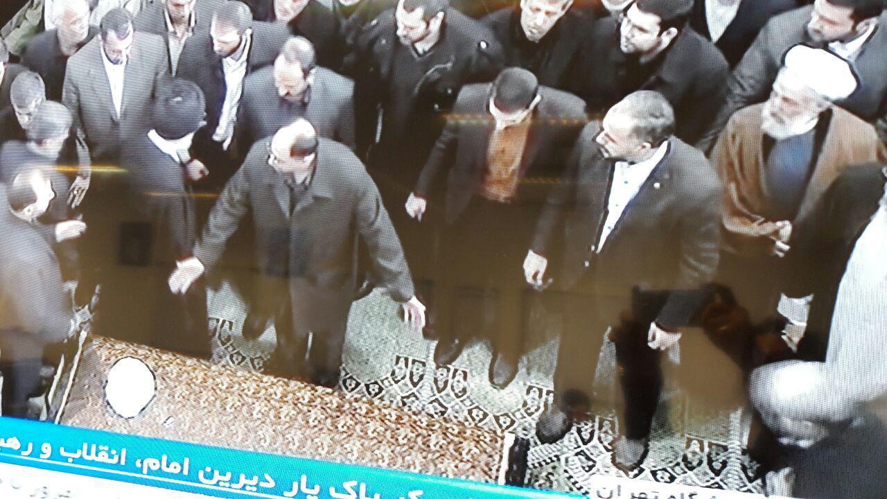 (گزارش لحظه به لحظه) مراسم تشییع آیت الله هاشمی