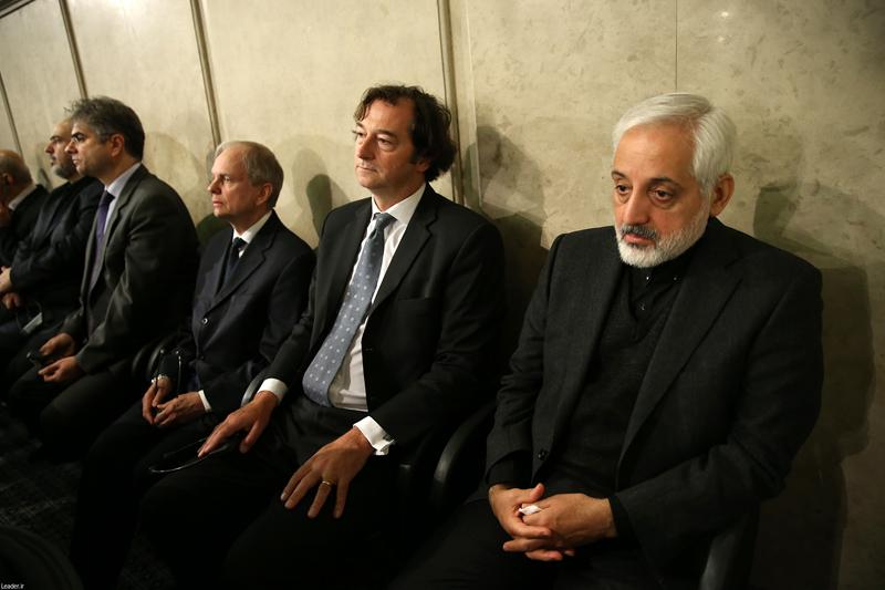 (تصویر) سفیر انگلیس در ترحیم هاشمی