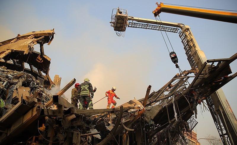 (تصاویر) ادامه عملیات امدادرسانی حادثه پلاسکو