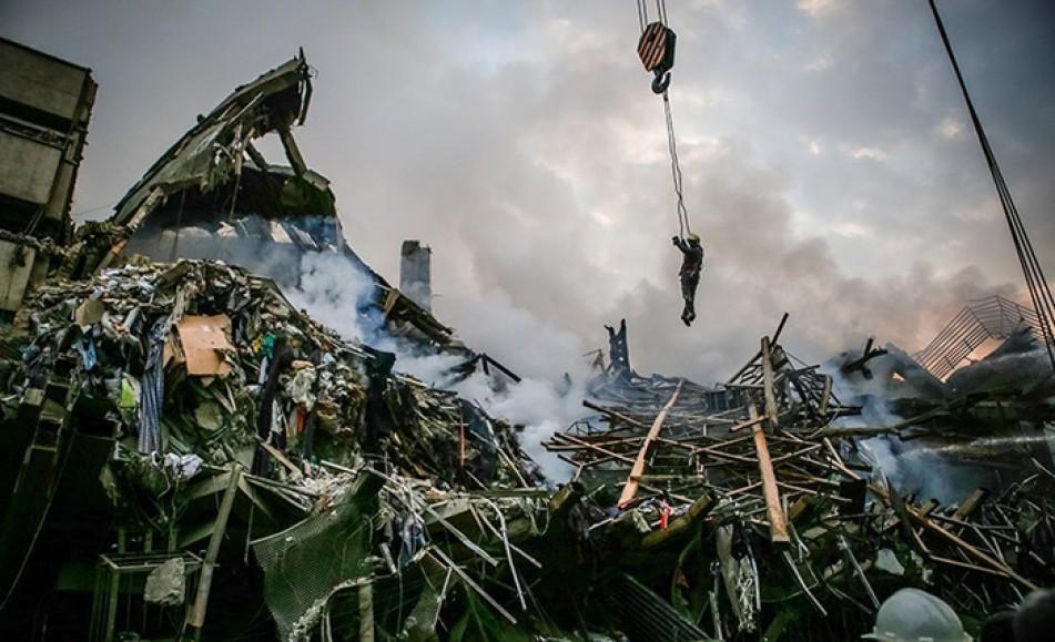 (تصاویر) دومین روز عملیات نجات در پلاسکو