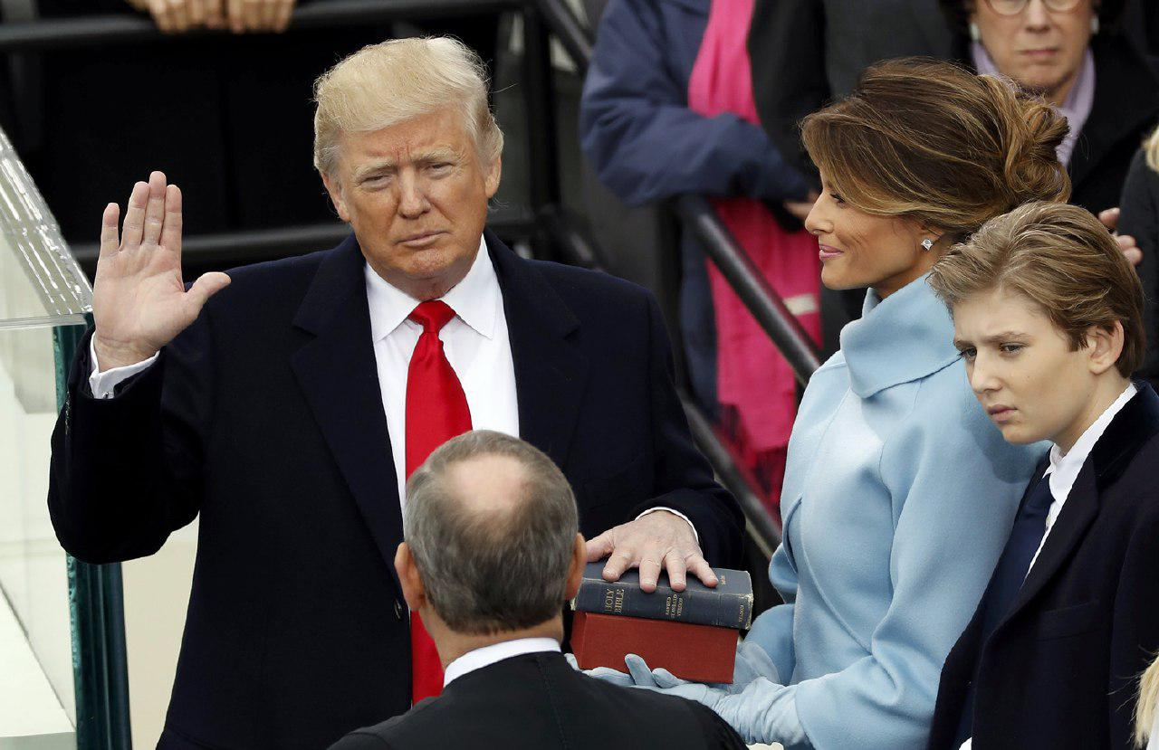 دونالد ترامپ به عنوان چهل و پنجمین رئیس جمهور سوگند یاد کرد