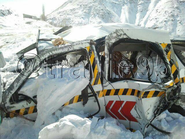 (عکس) خودروی رئیس فقید راهداری پردیس در زیر بهمن