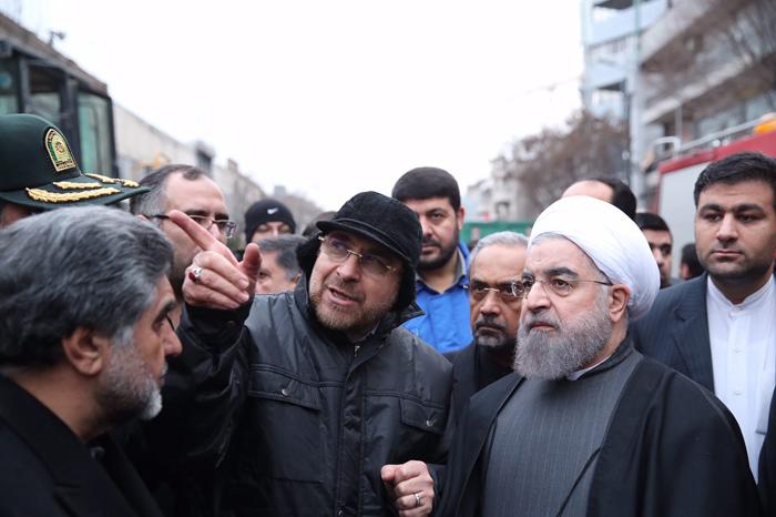 (عکس) حسن روحانی از پلاسکو بازدید کرد