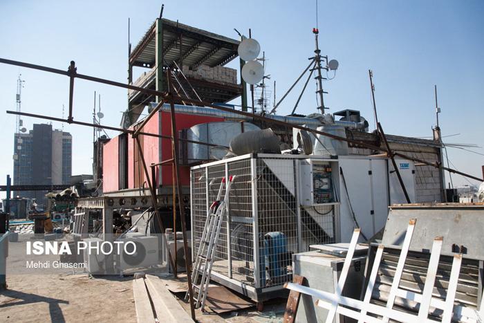 (تصاویر) روند تخریب طبقه هفتم علاءالدین