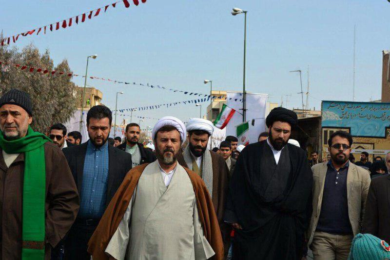 (تصویر) سیدعلی خمینی در راهپیمایی 22 بهمن