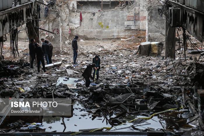 (تصاویر) تخلیه اجناس باقیمانده در پلاسکو