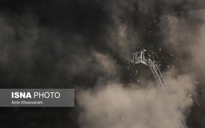 جزییات نجات معجزه آسای یک آتش نشان از «پلاسكو»
