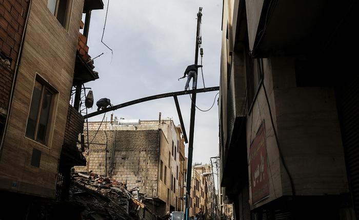 (تصاویر) ریزش ساختمان 7 طبقه درتهران