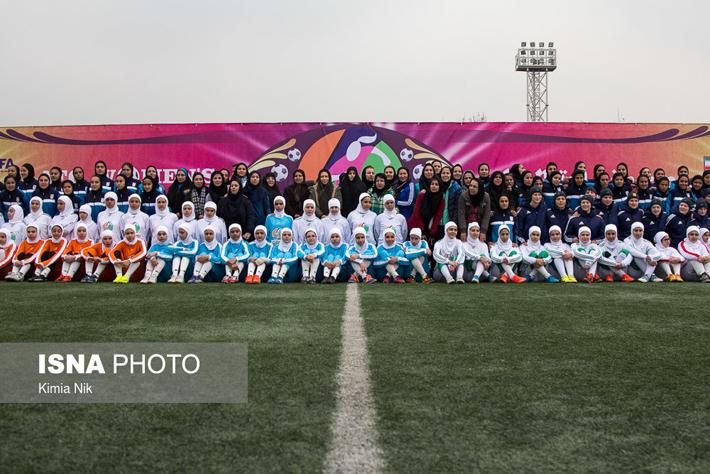 (تصاویر) روز جهانی فوتبال زنان در تهران