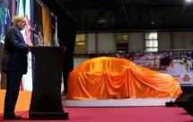 (تصاویر) رونمایی لاریجانی از خودرو جدید سایپا