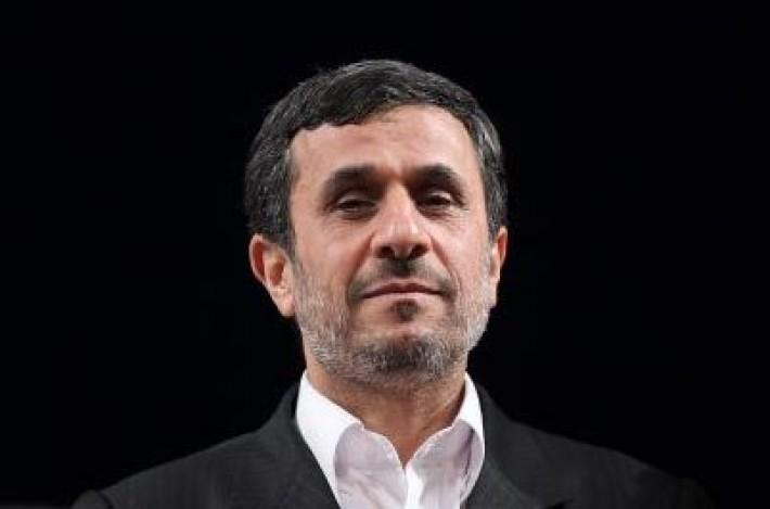 احمدینژاد: میخواهم مراقب باشم تا اشتباهات 92 تکرار نشود/ این اشتباهات مسیر پیشرفت کشور را 4سال به عقب انداخت/ فشار بیسابقهای به مردم وارد شد