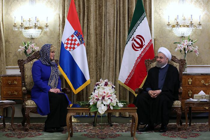 (تصاویر) استقبال روحانی از رئیسجمهور کرواسی