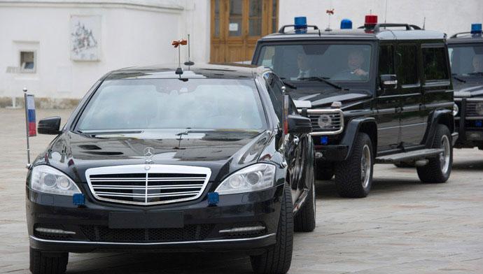 (تصاویر) هلیکوپتر و خودروی پوتین