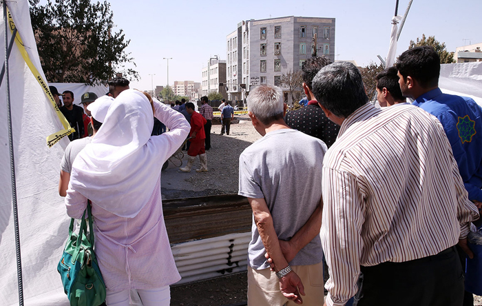 (تصاویر) آتش سوزی مهیب در غرب تهران