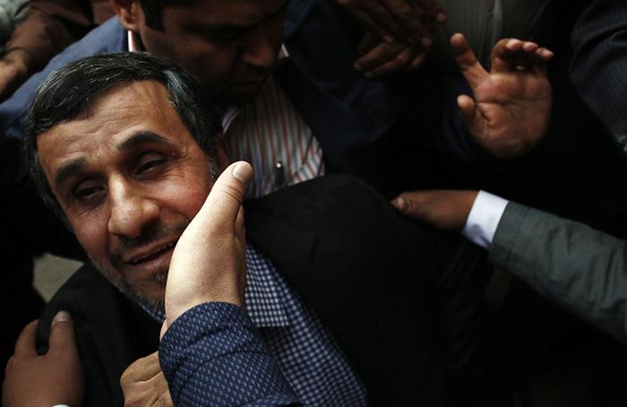 (تصاویر) سخنرانی احمدی نژاد در زنجان