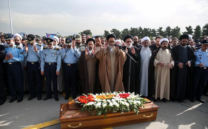 همسر شهید بابایی علت بیماری صدیقه حکمت خانواده شهید بابایی بیوگرافی صدیقه حکمت بیوگرافی سلما بابایی