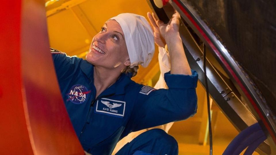 پنجاهونهمین فضانورد زن به فضا سفر میکند!