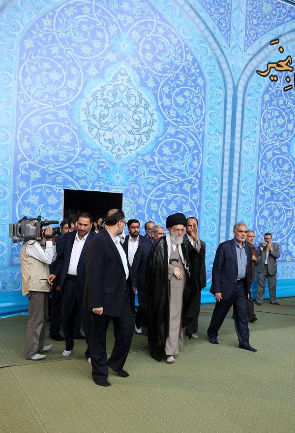 (تصاویر) نماز عید فطر  به امامت رهبر انقلاب