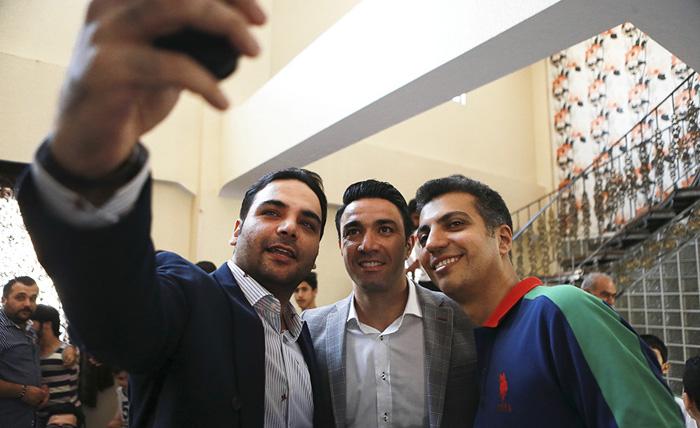 دانلود فیلم بازی ستارگان ایران و ستارگان لالیگا - بازی خداحافظی جواد نکونام
