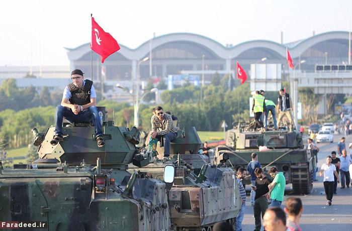 (تصاویر) مقاومت مردمی در برابر کودتاچیان