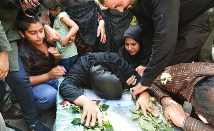 (تصاویر) مراسم تشییع محیط بان شهید