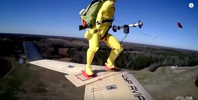 (تصاویر)اسکی روی ابر!