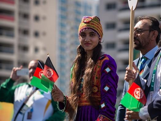 لباس دختر افغان سوژه عکاسان المپیک!