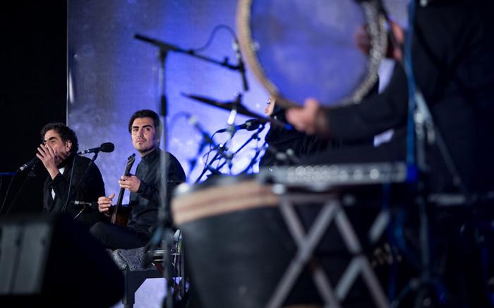 (تصاویر) فرهادی پای کنسرت ناظریها