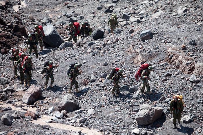 (تصاویر) تکاوران ایرانی در ارتفاعات روسیه