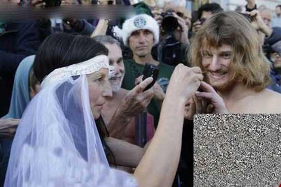 قوانین آمریکا عکس عروس و داماد عکس برهنه شدن عروس و داماد عجیب عروس و داماد برهنه زن آمریکایی اخبار آمریکا