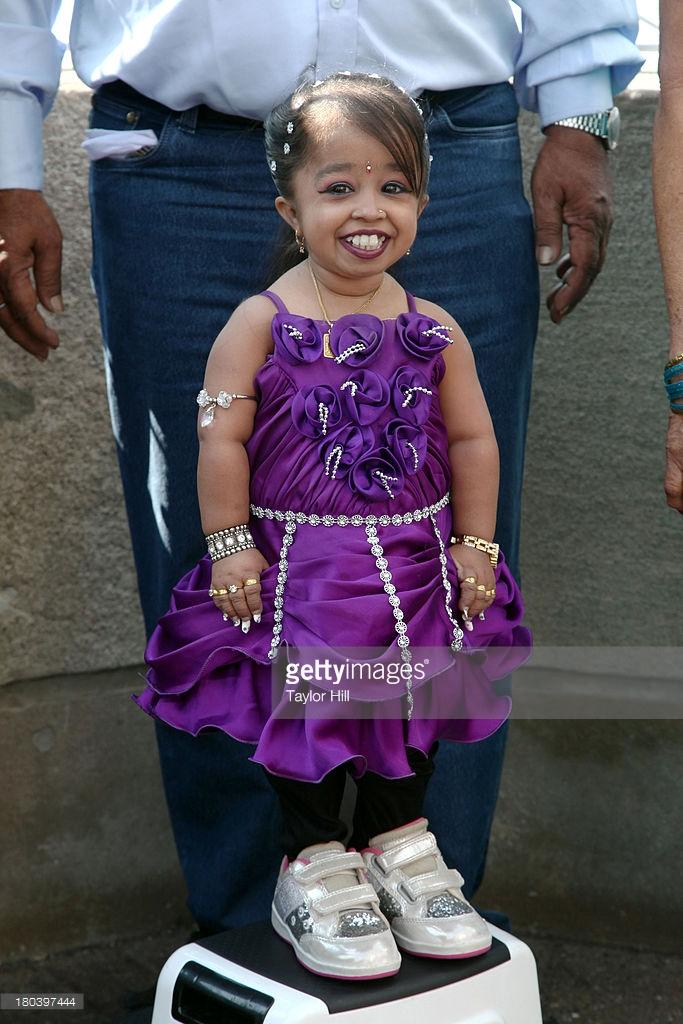 جیوتی امجه,کوچکترین زن جهان,عکس جیوتی امجه ,عکس ریزترین زن جهان,عکس کوتاه قدترین زن جهان