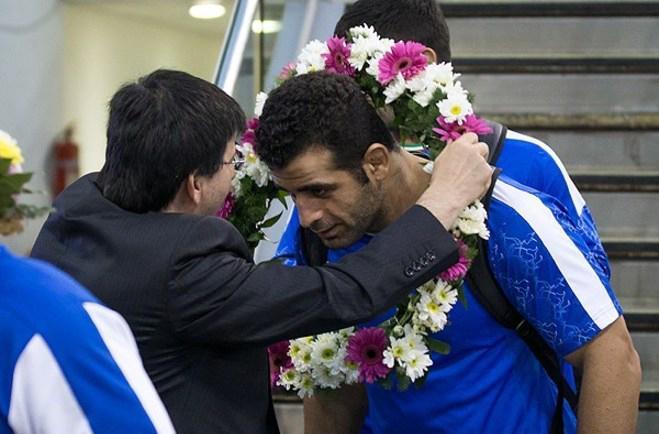 (تصاویر) بازگشت تیم ملی کشتی فرنگی به کشور