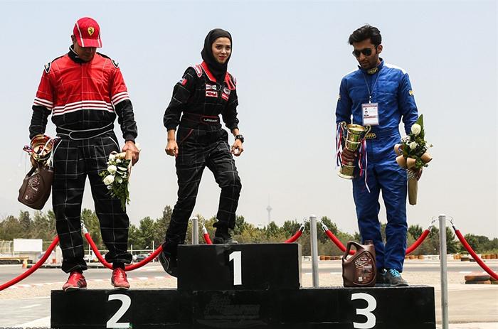 مسابقات سرعت اتومبیلرانی قهرمانی کشور,عکس های لیلا پیکانپور,عکس ها و بیوگرافی لیلا پیکانپور